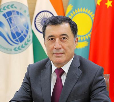 上海合作组织秘书长诺罗夫
